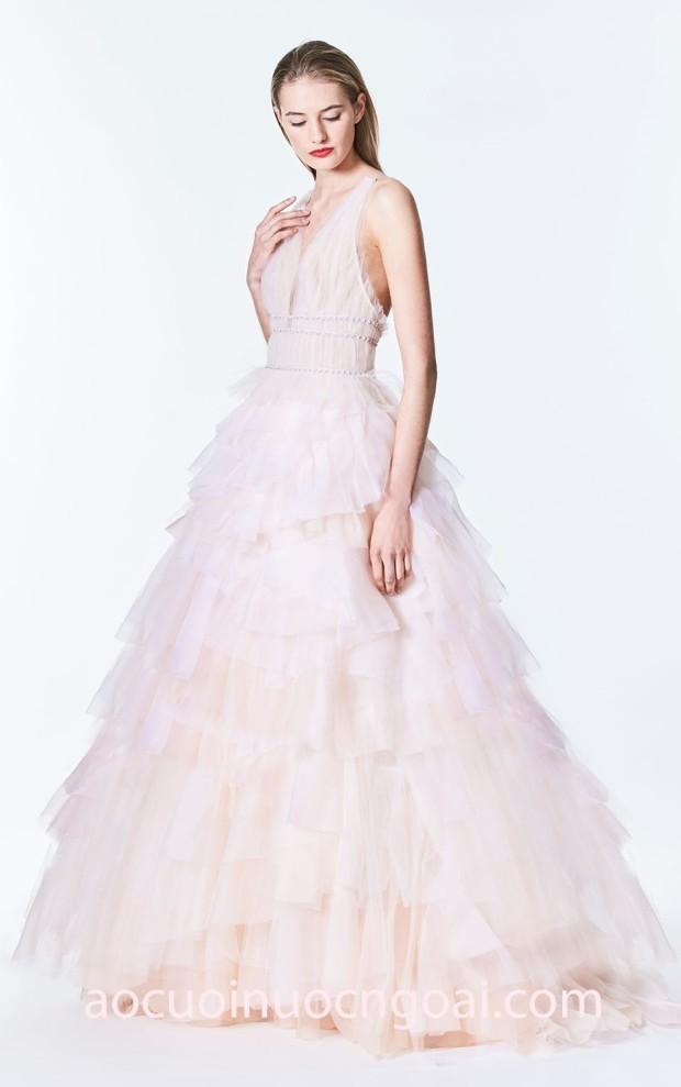 ao cuoi xep tang carolina-herrera-fall-bridal-2017 26 may ao cuoi dep nhat sai gon meera meera fashion concept