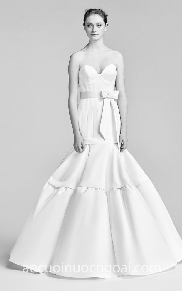 may ao cuoi dep meera meera fashion concept vay cuoi duoi ca viktor-rolf-spring-18-bridal