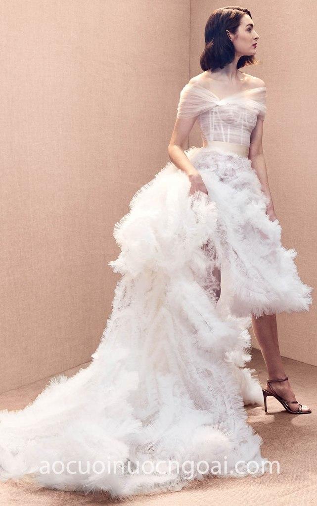 áo cưới xếp tầng ấn tượng nn6989