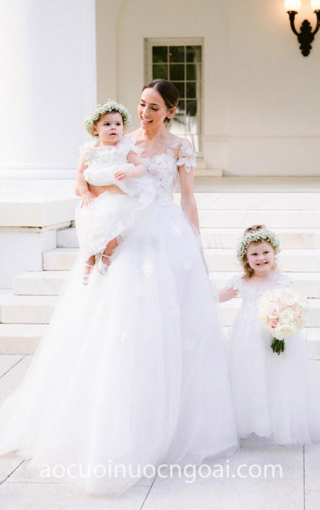 Áo cưới công chúa 3D